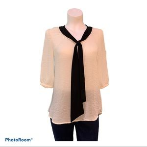 Blouse black tie off-white soft chic 3/4 sleeves